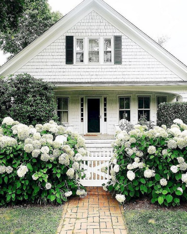 18 Front Yard Landscaping Designs Ideas: 11 Excellent Front Yard Landscaping Ideas